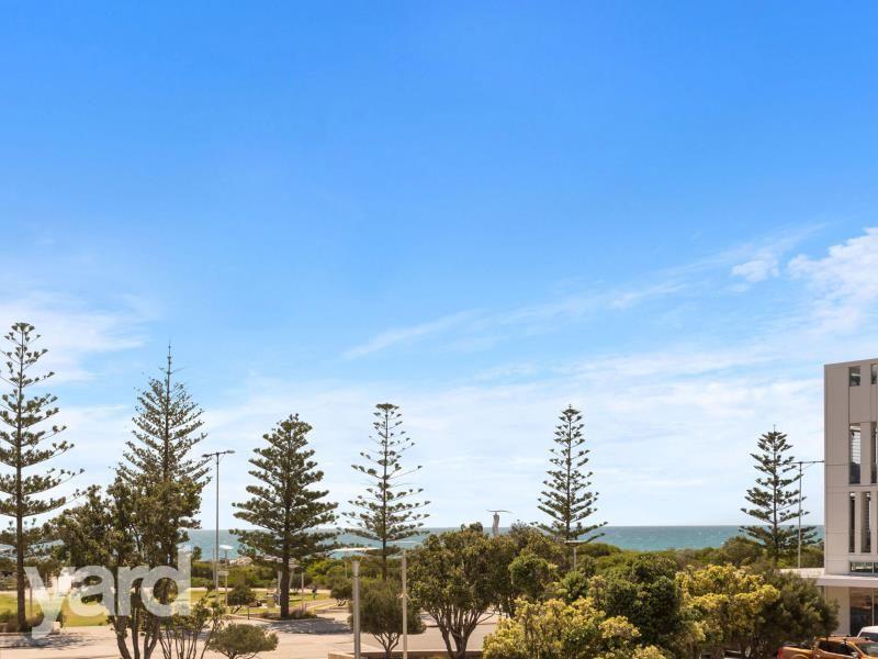 202/17 Freeman Loop, North Fremantle WA 6159, Image 1