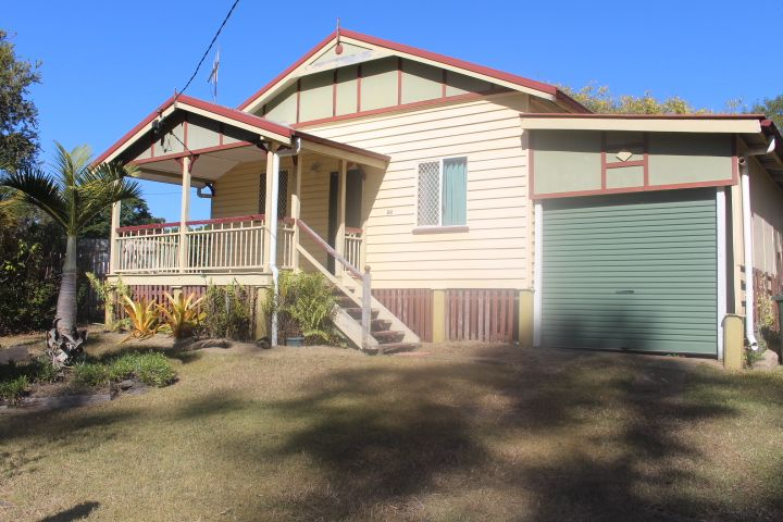 25 Innes St, Gin Gin QLD 4671, Image 0