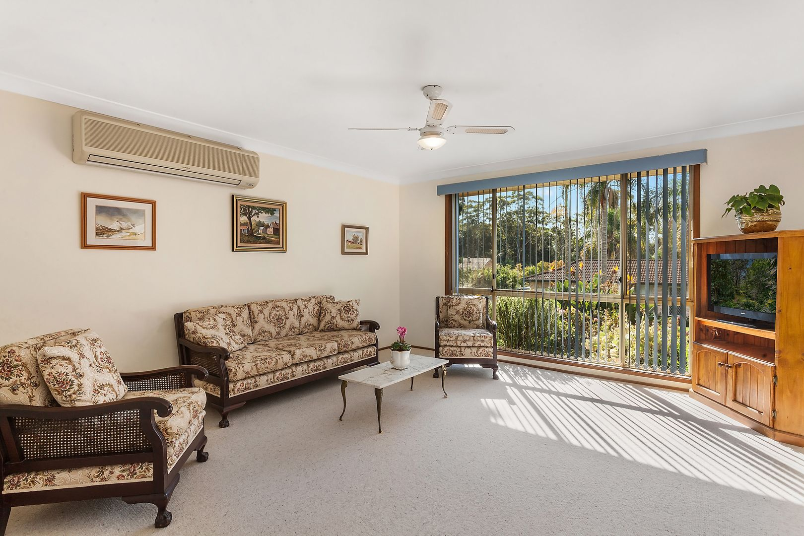 6 Childs Close, Green Point NSW 2251, Image 2