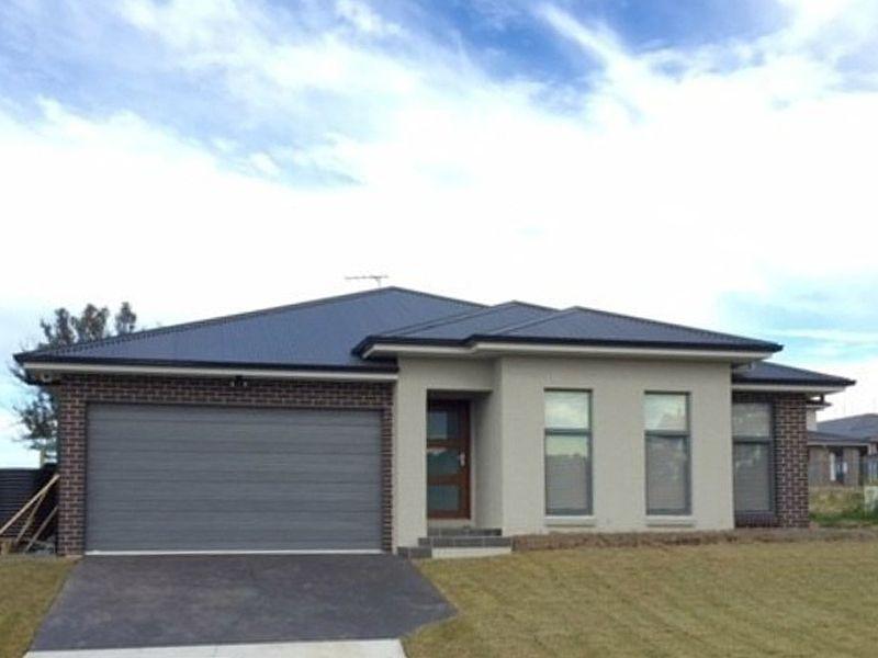25 Oakhill Crescent, Colebee NSW 2761, Image 0