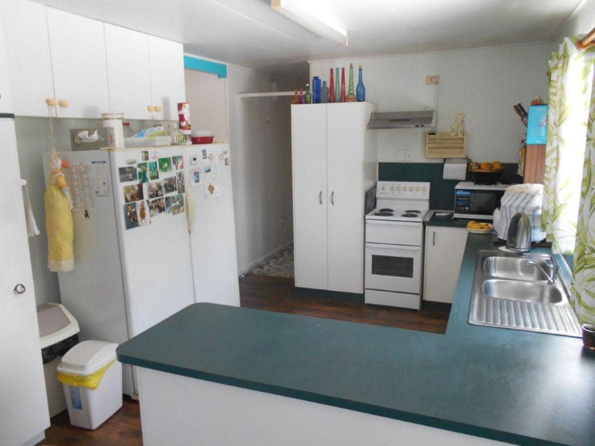 6 Waring Street, Lucinda QLD 4850, Image 2