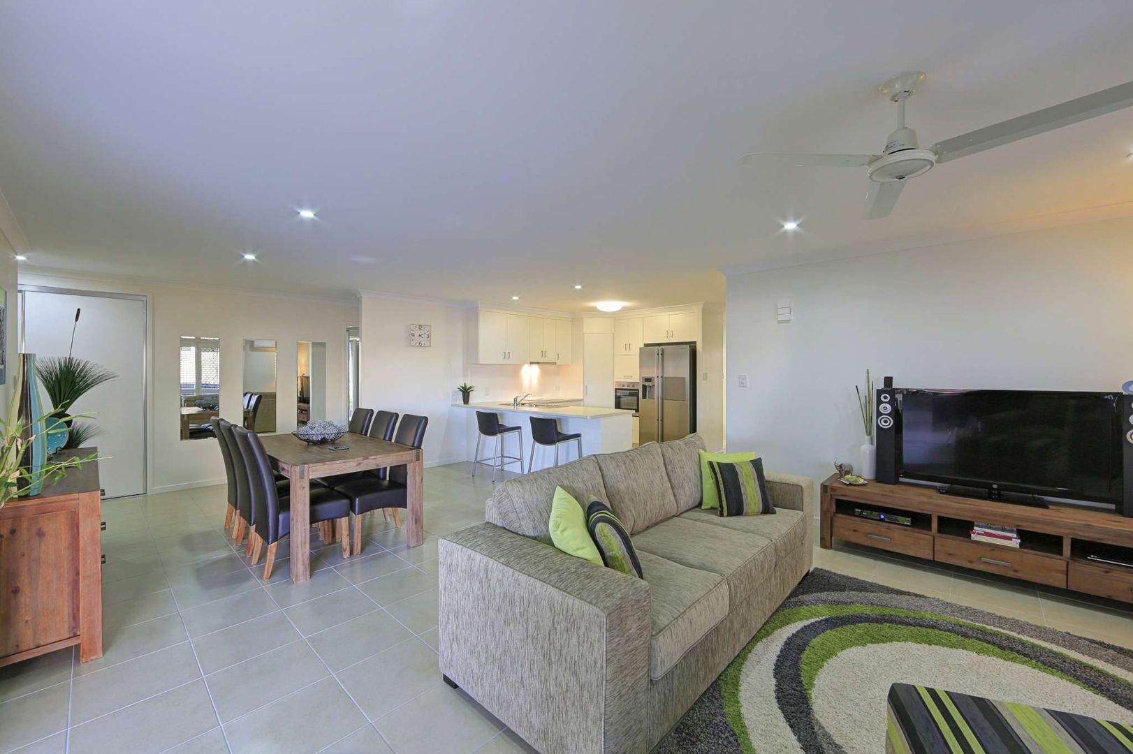 50 Sienna Boulevard, Ashfield QLD 4670, Image 2