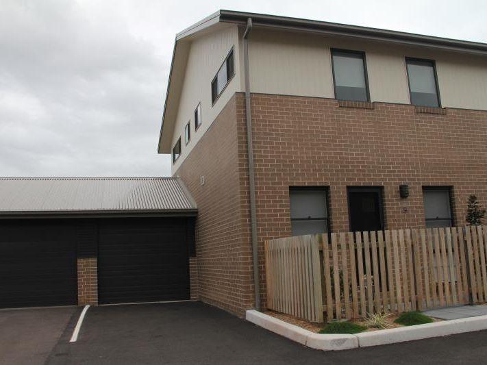 9/6 Carrak Road, Kincumber NSW 2251, Image 0