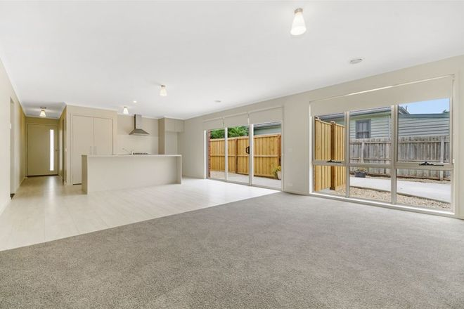 Picture of 1/137 Ballarat Road, BELL PARK VIC 3215