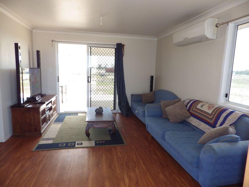 1 Swans Road, Wallumbilla QLD 4428, Image 1