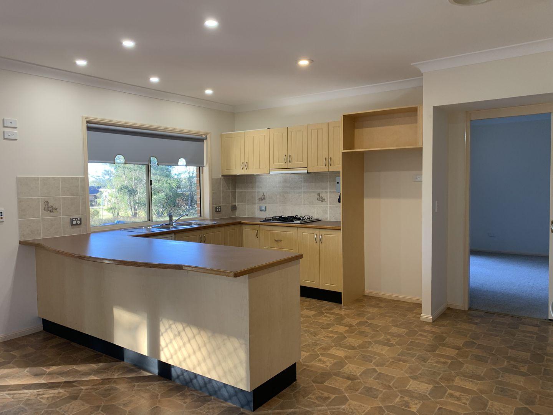 40 Hogans Drive, Bargo NSW 2574, Image 2