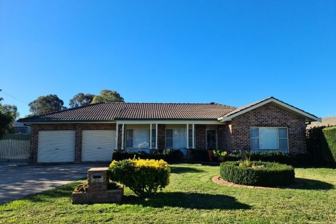 Picture of 25 Loren Street, EGLINTON NSW 2795