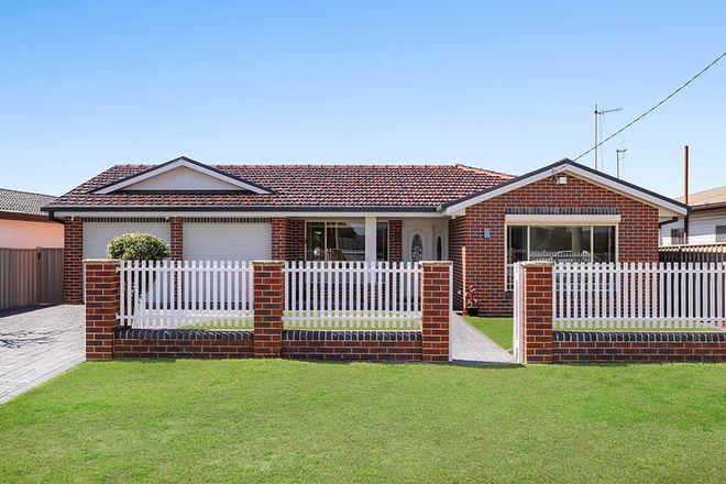 Picture of 8 Watkins Street, LONG JETTY NSW 2261