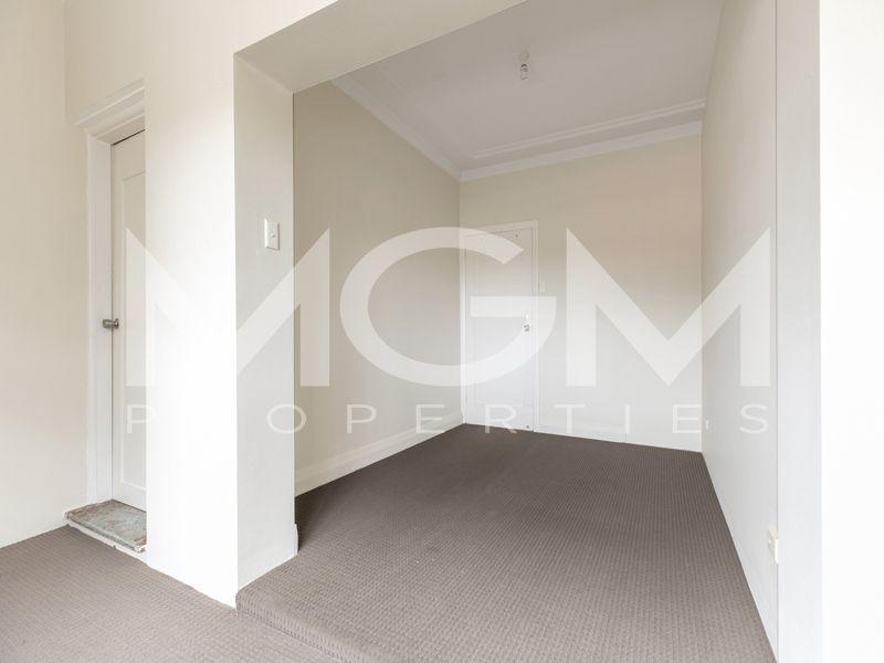 2/337A Gardeners Road, Rosebery NSW 2018, Image 2