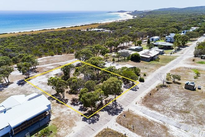 Picture of 45 Eliza Avenue, FRASER ISLAND QLD 4581