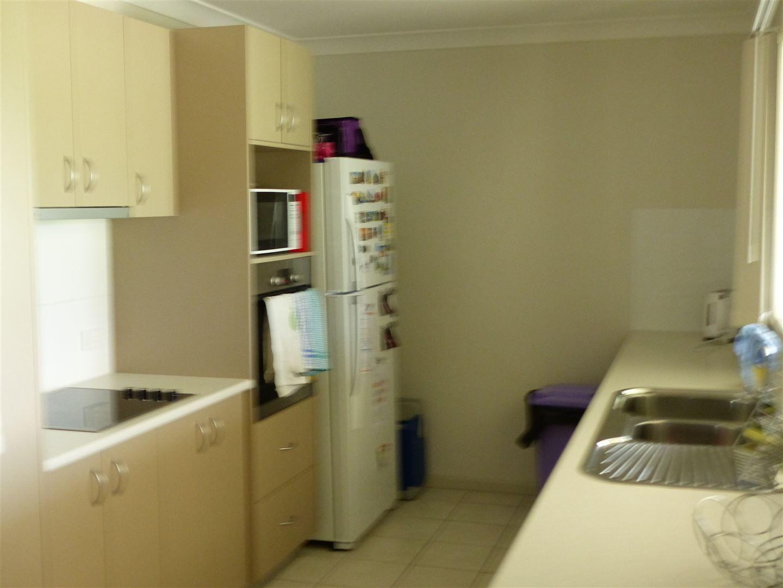 8 Bonner Street, Taroom QLD 4420, Image 1
