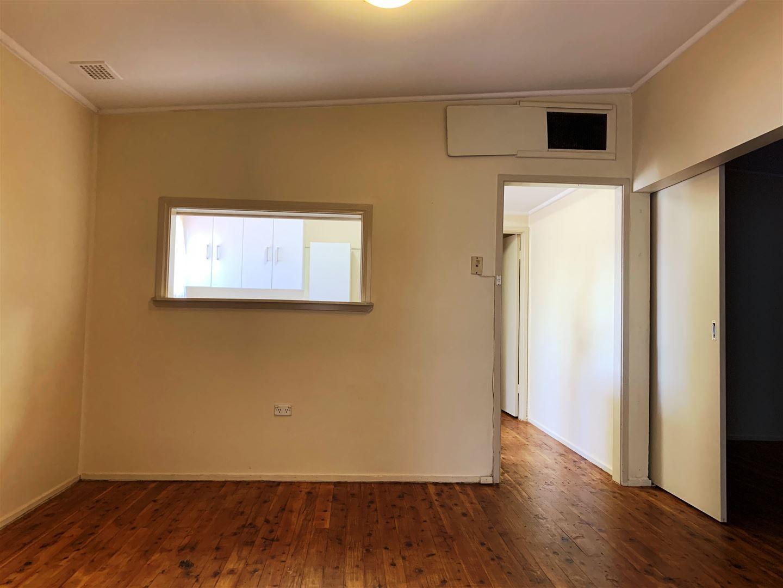 63 Becker Street, Cobar NSW 2835, Image 2