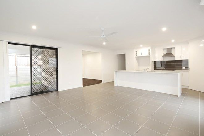 Picture of 7 Boston Street, SPRING MOUNTAIN QLD 4300