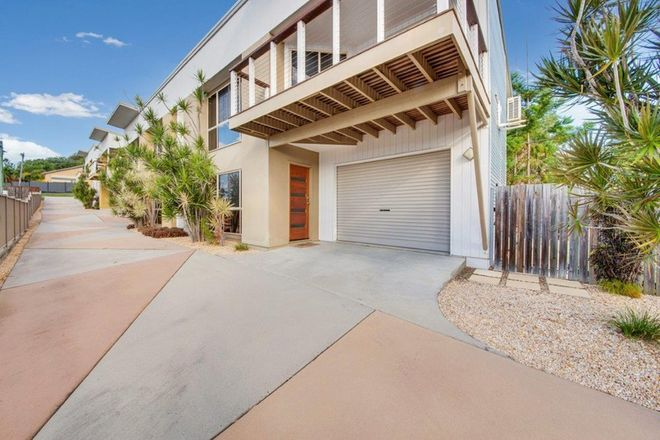 Picture of 4/6 Beach Avenue, TANNUM SANDS QLD 4680