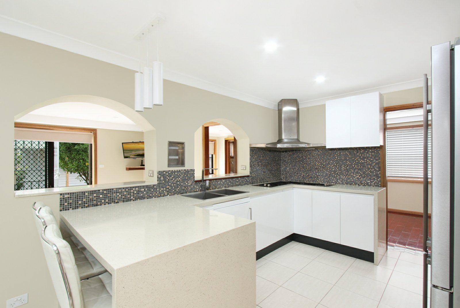 10 Lansbury Street, Edensor Park NSW 2176, Image 2