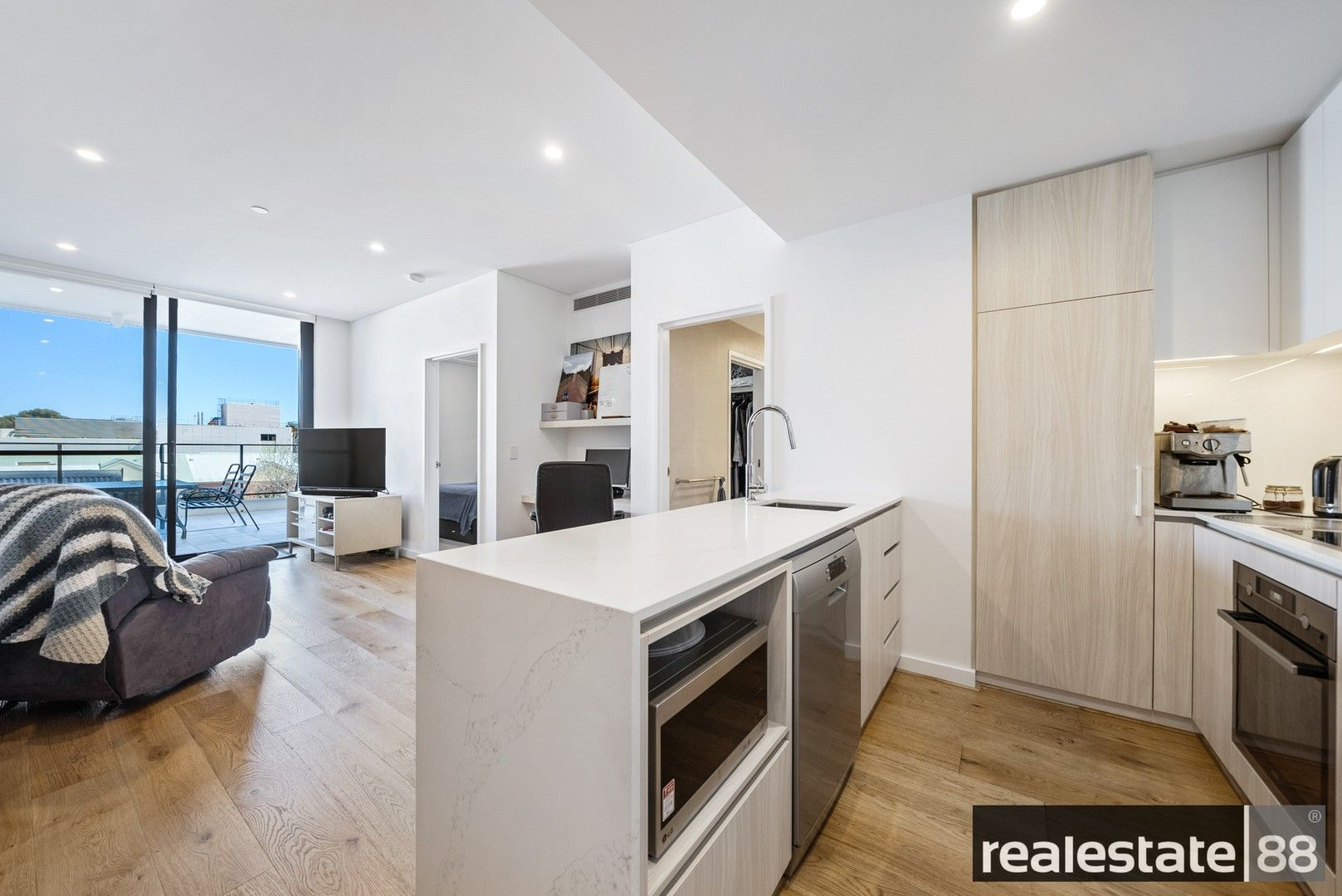 1 bedrooms Apartment / Unit / Flat in 103/35 Bronte Street EAST PERTH WA, 6004