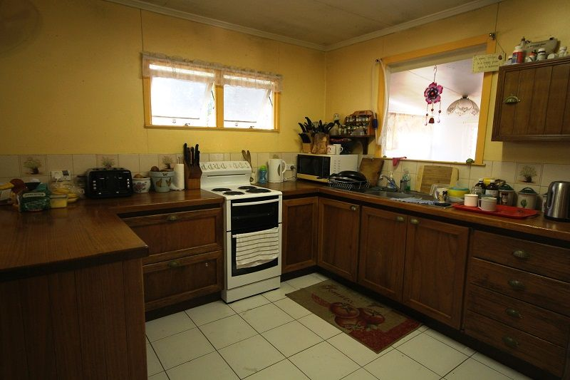 49 Clematis St, Gympie QLD 4570, Image 2