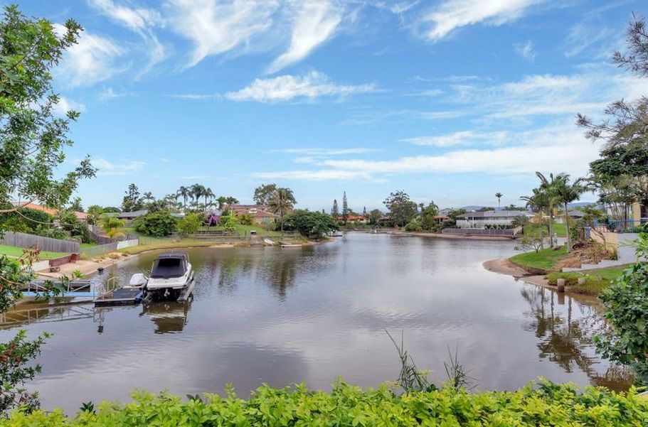 84 Ashmore Road, Bundall QLD 4217, Image 2