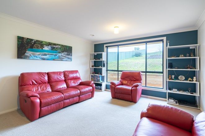 Picture of 37 James Barnet Drive, KELSO NSW 2795