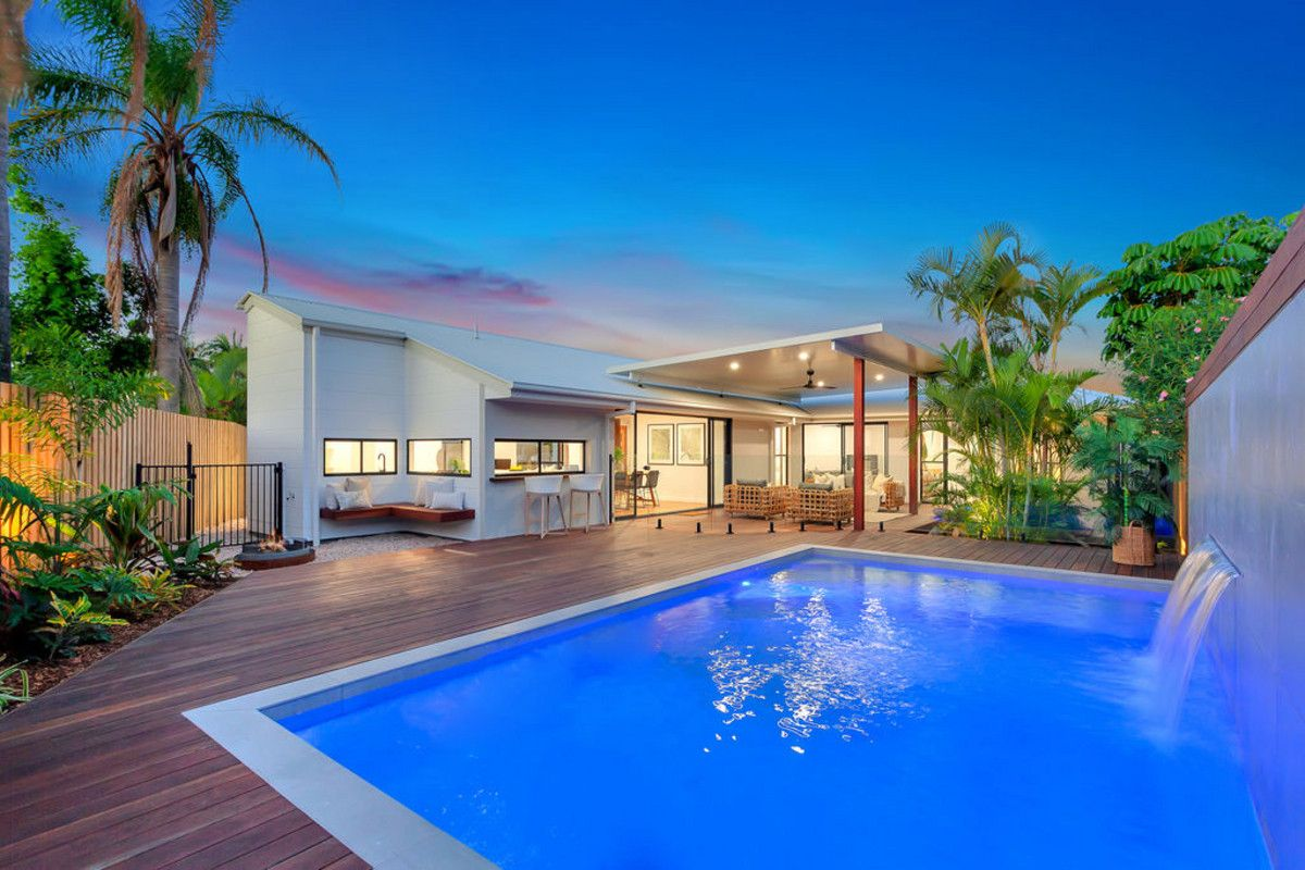 70 Wedgebill Parade, Burleigh Waters QLD 4220, Image 0
