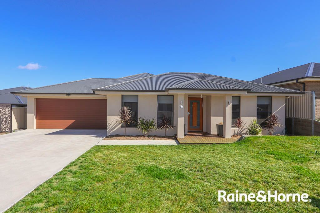 16 Amber Close, Kelso NSW 2795, Image 0