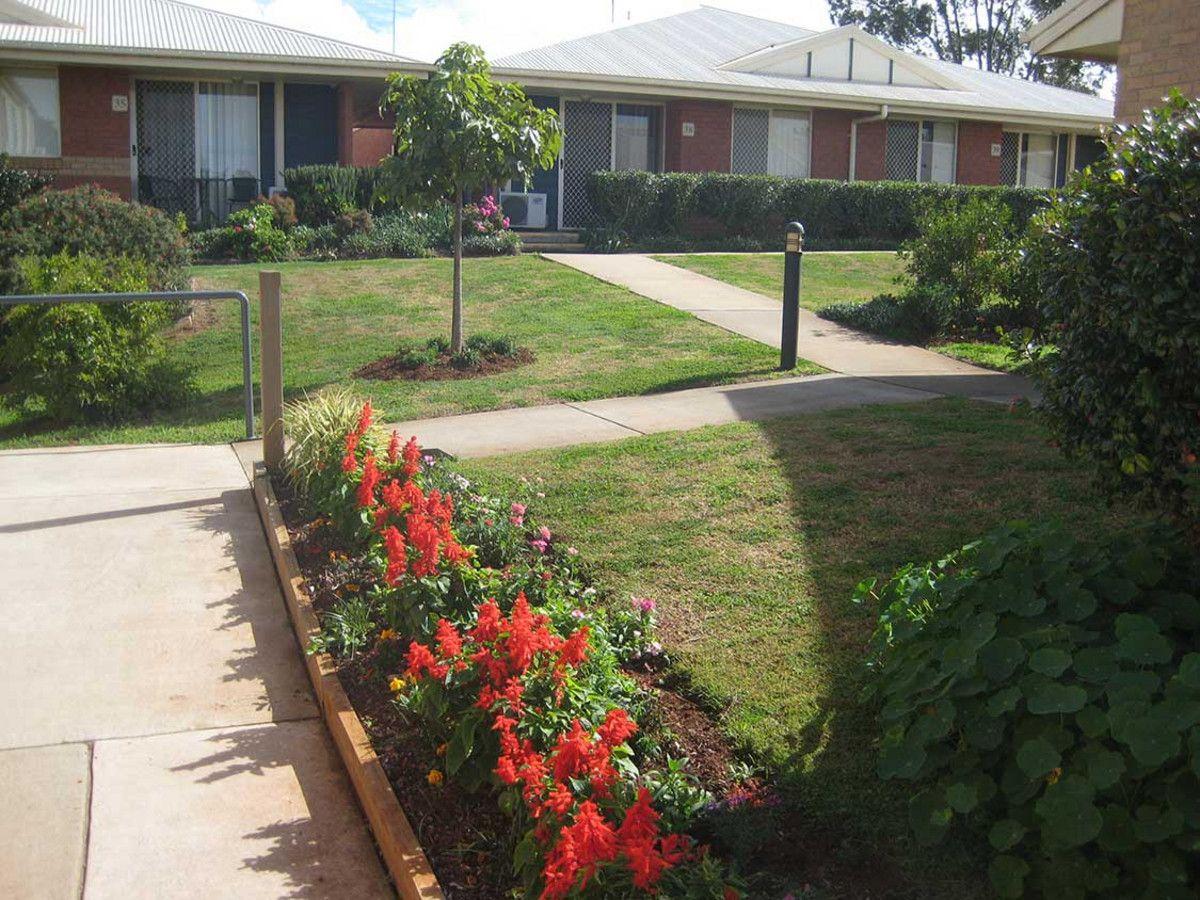 8/306-310 James Street, Harristown QLD 4350, Image 2