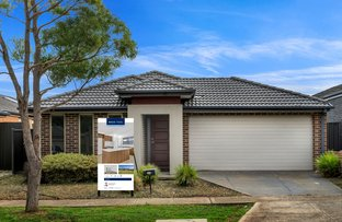 Picture of 56 Weavers  Street, Manor Lakes VIC 3024