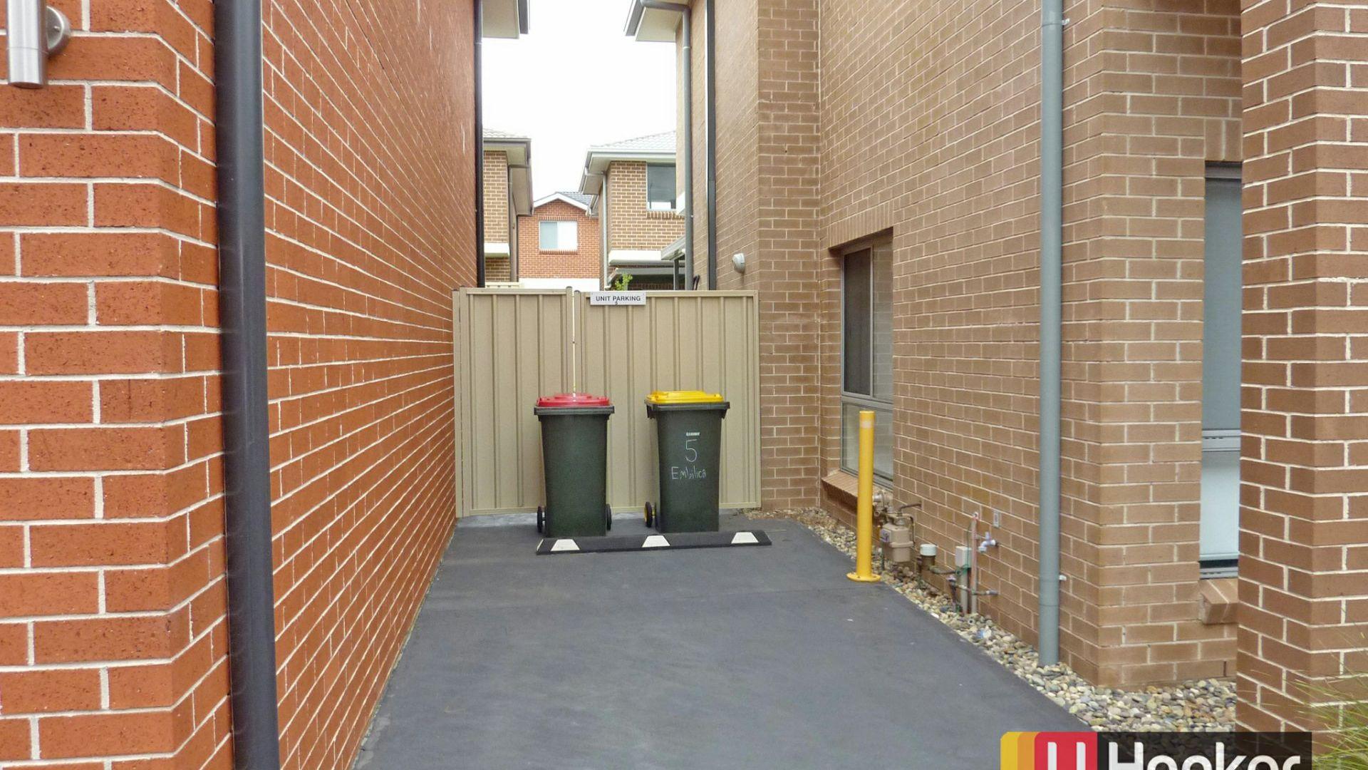 5 Emblica Glade, Kellyville Ridge NSW 2155, Image 1