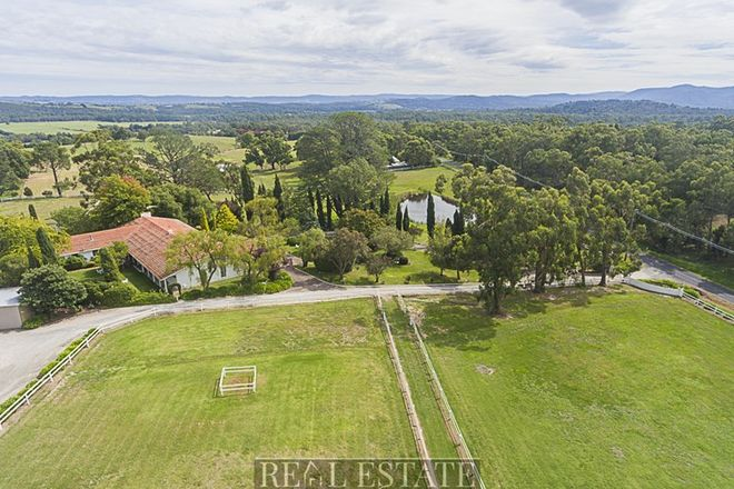 Picture of 178 Toolebewong Road, HEALESVILLE VIC 3777