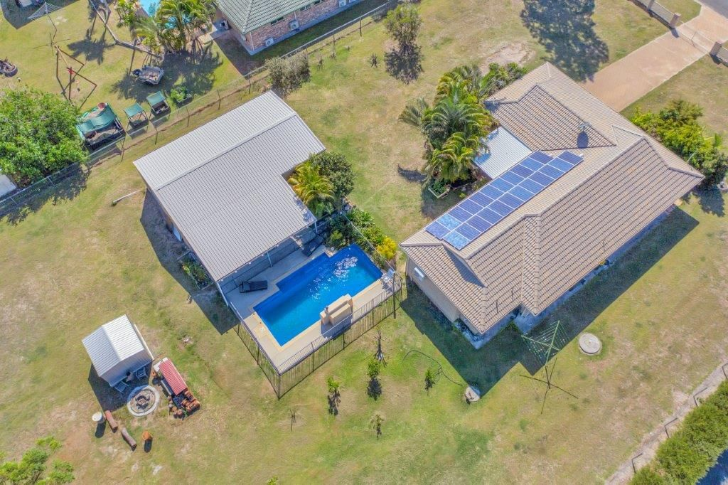 8 SILVERTON DRIVE, Tannum Sands QLD 4680, Image 0