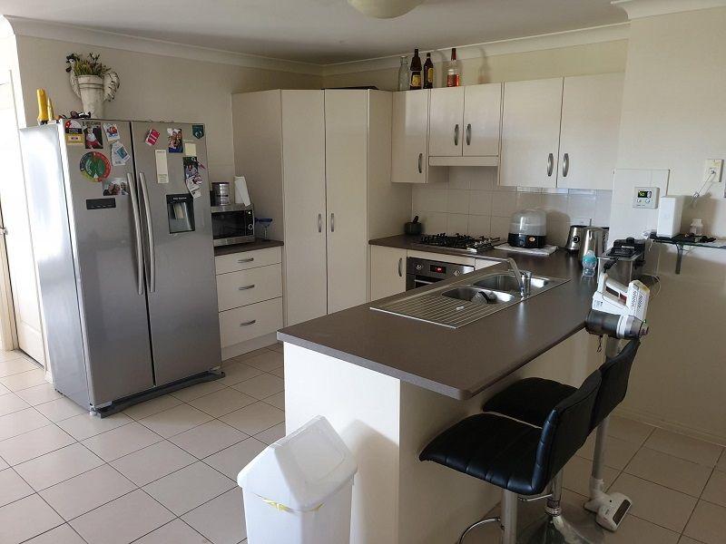 30 Joseph Street, Gracemere QLD 4702, Image 2
