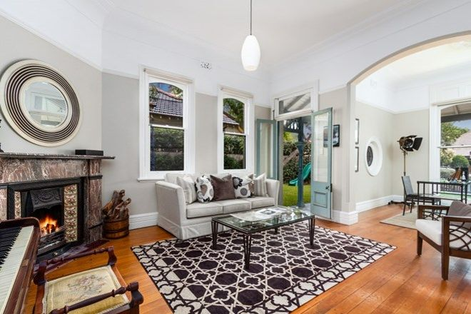 Picture of 20 Lang Street, MOSMAN NSW 2088