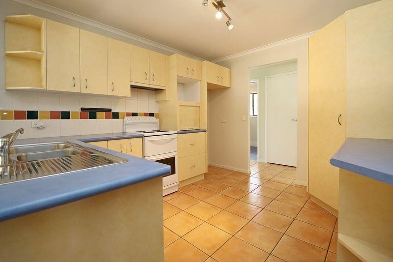 39 Laver St, Morayfield QLD 4506, Image 2