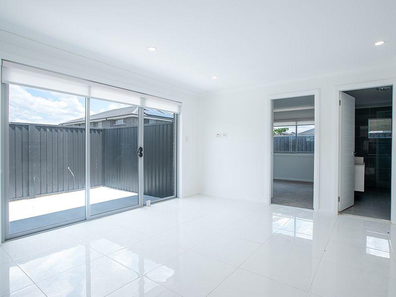 10a Dalmatia Avenue, Edmondson Park NSW 2174, Image 2