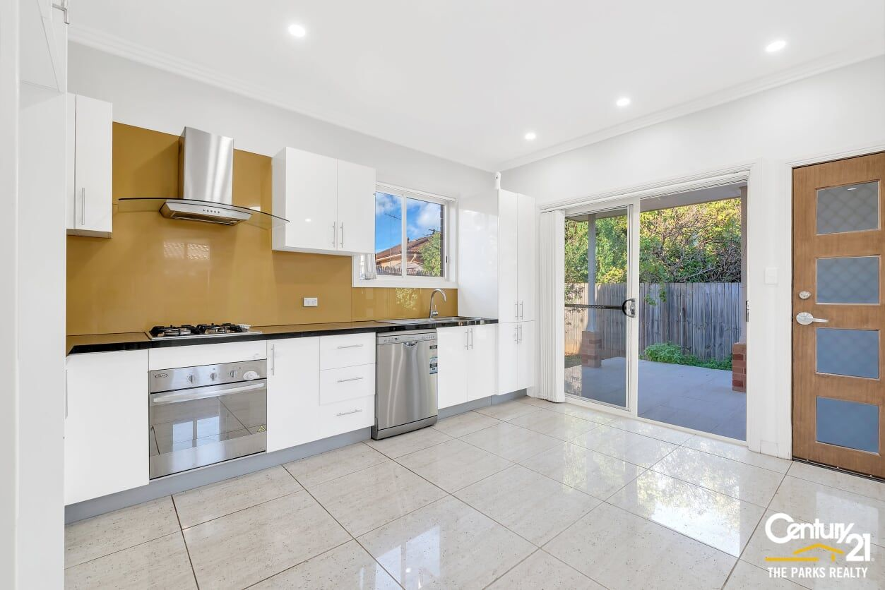 95a Roberta Street, Greystanes NSW 2145, Image 2