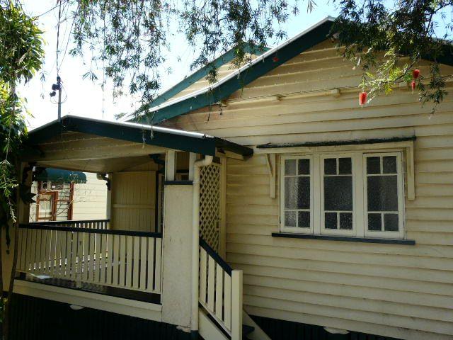 110 KINGSBURY STREET, Norman Park QLD 4170, Image 0