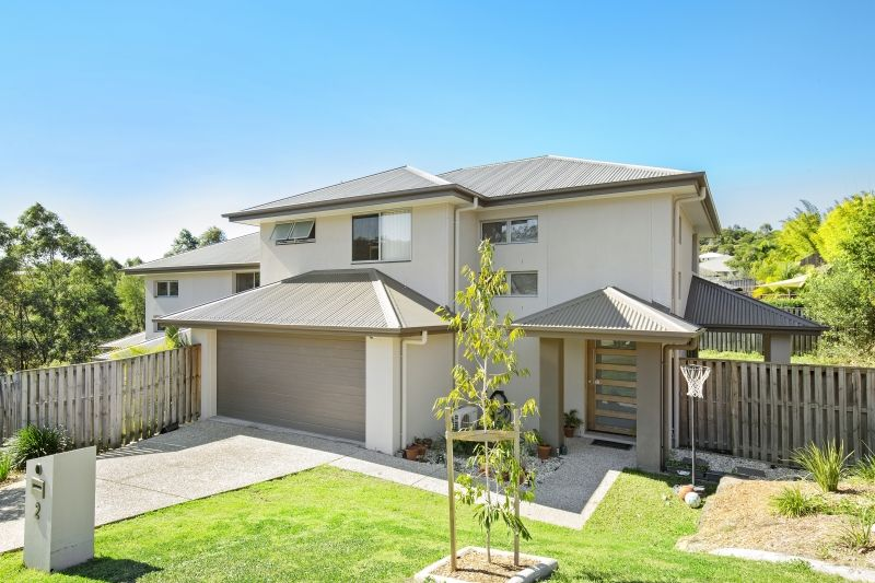 2/1 Tooma Place, Pacific Pines QLD 4211, Image 0