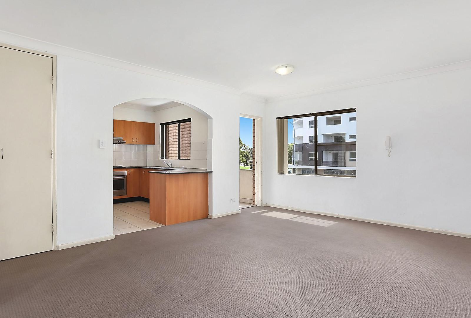 11/34 Castlereagh Street, Liverpool NSW 2170, Image 2