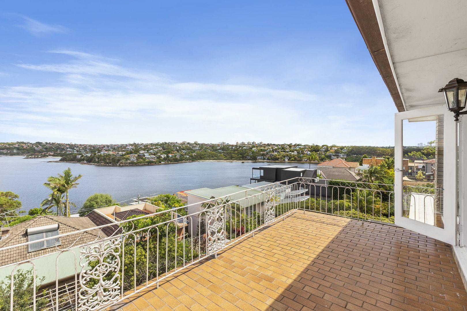 17 Moore Street, Clontarf NSW 2093, Image 2