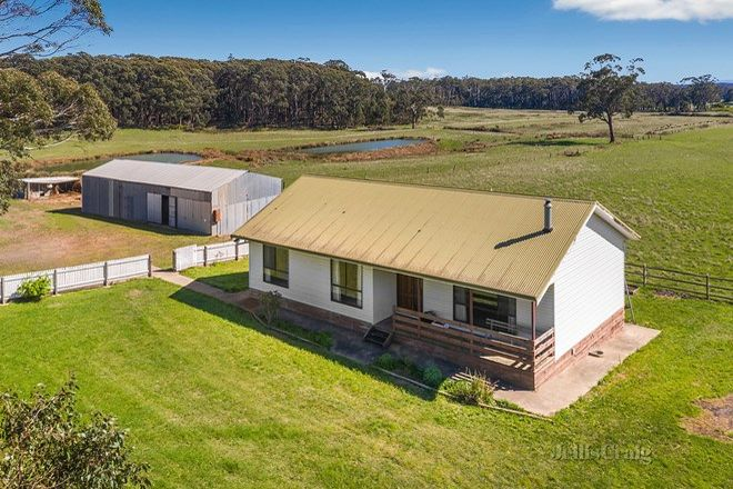 Picture of 128 Coopers Lane, MUSK VIC 3461