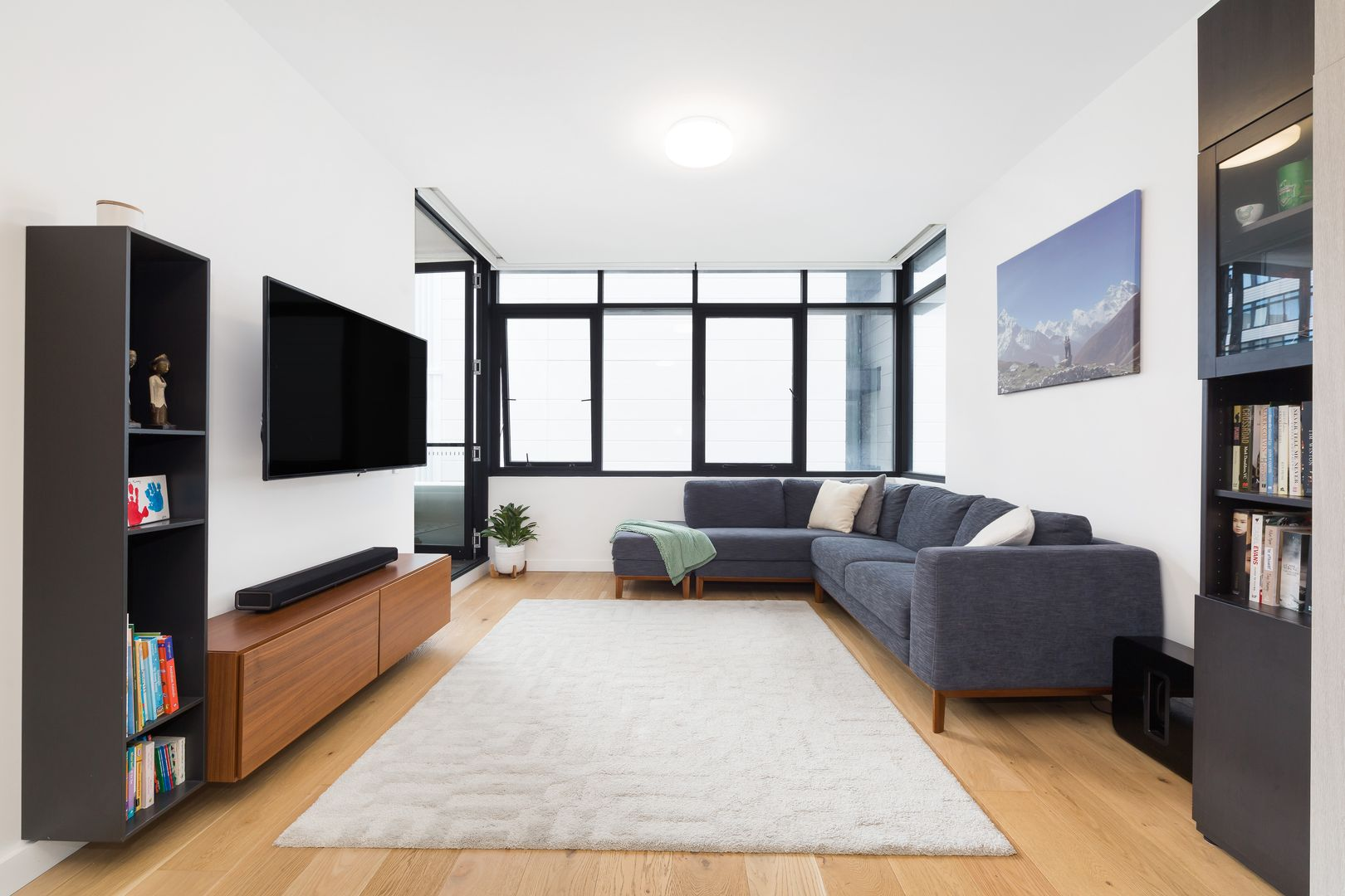 304/475 Captain Cook  Drive, Woolooware NSW 2230, Image 2