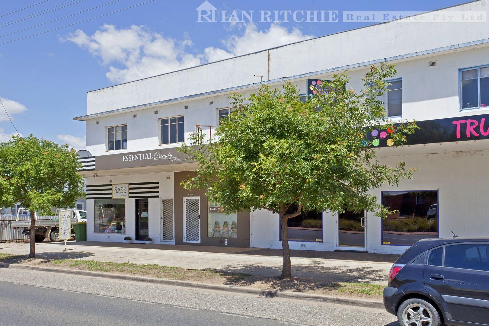 2/919 Mate Street, Lavington NSW 2641, Image 0