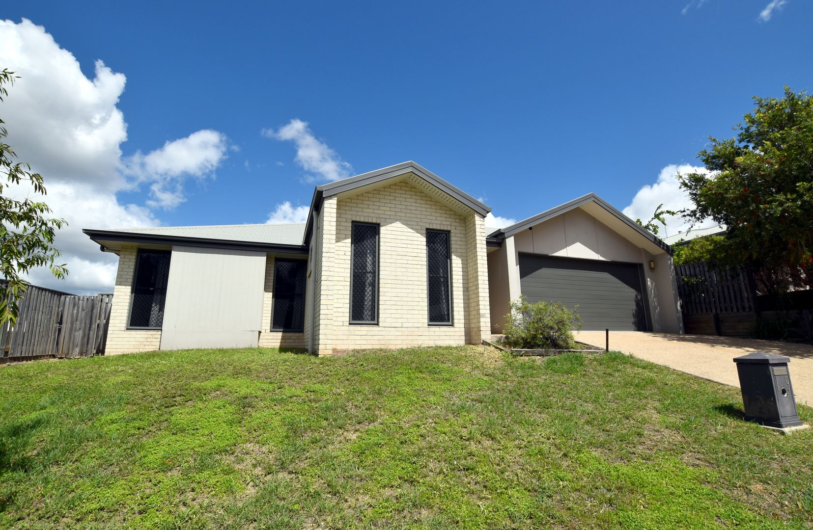 19 Sundowner Road, Clinton QLD 4680, Image 1
