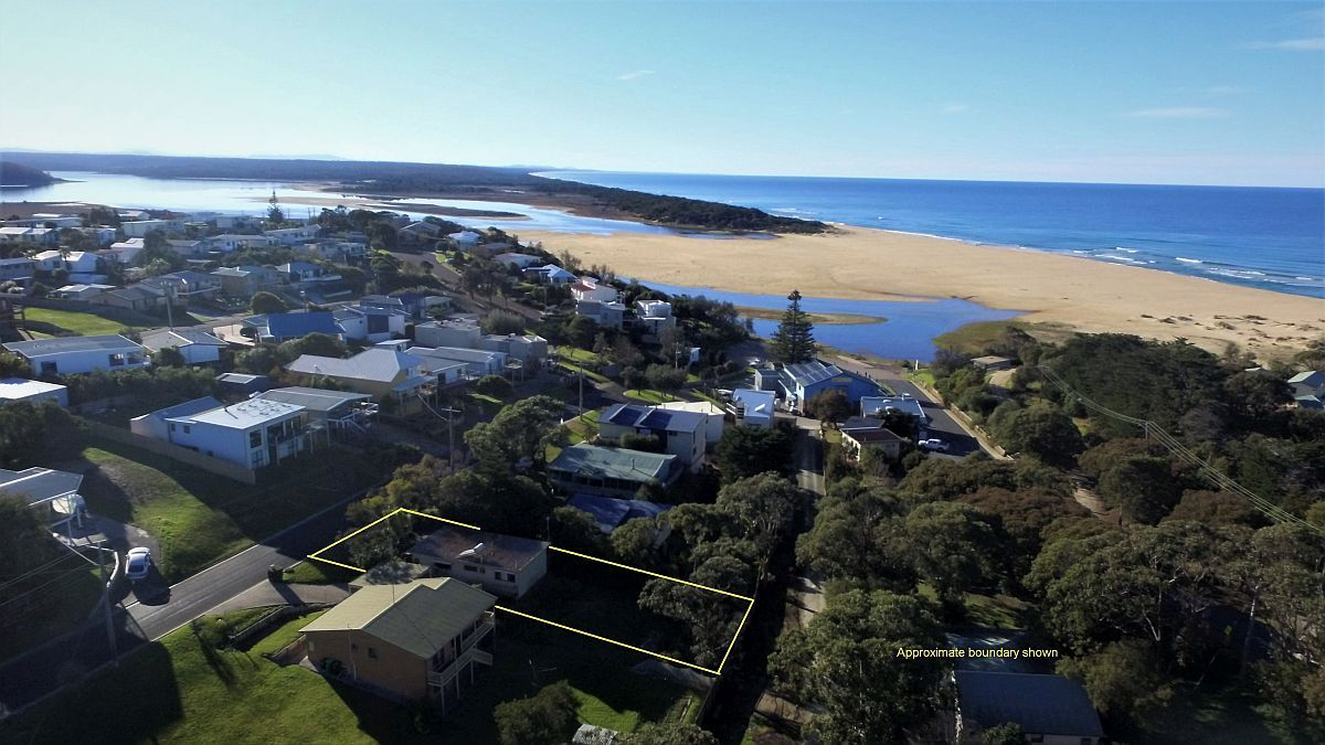 14 Cross Street, Lake Tyers Beach VIC 3909, Image 0