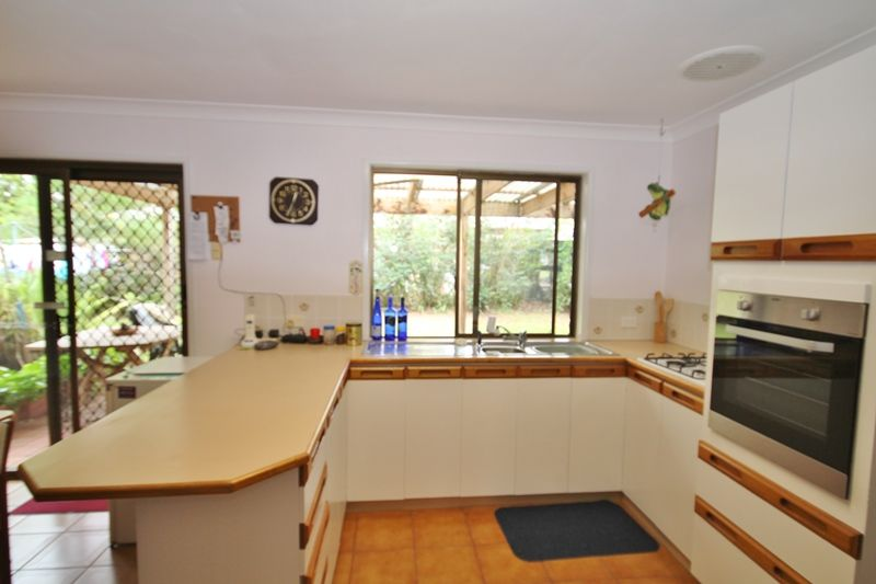 9 Crittenden Road, Glass House Mountains QLD 4518, Image 2