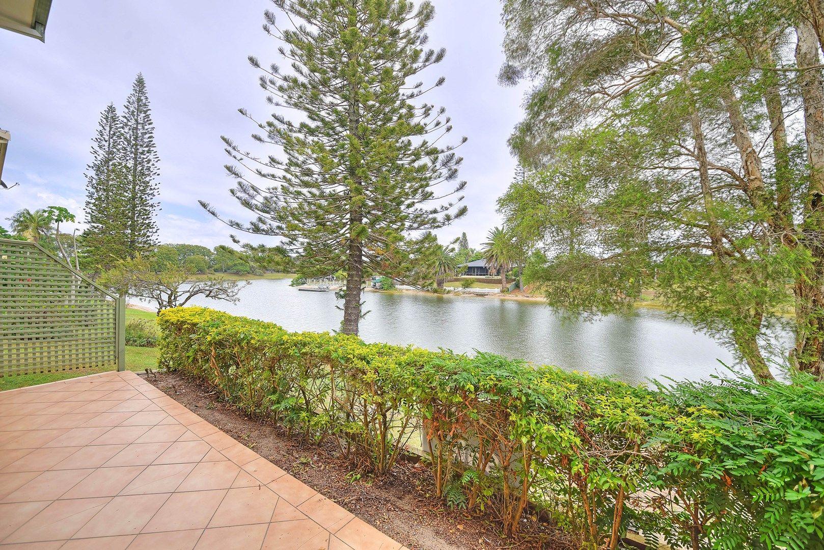 2/45 Karbunya Street, Mermaid Waters QLD 4218, Image 0