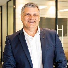 Martin Wells, Sales representative