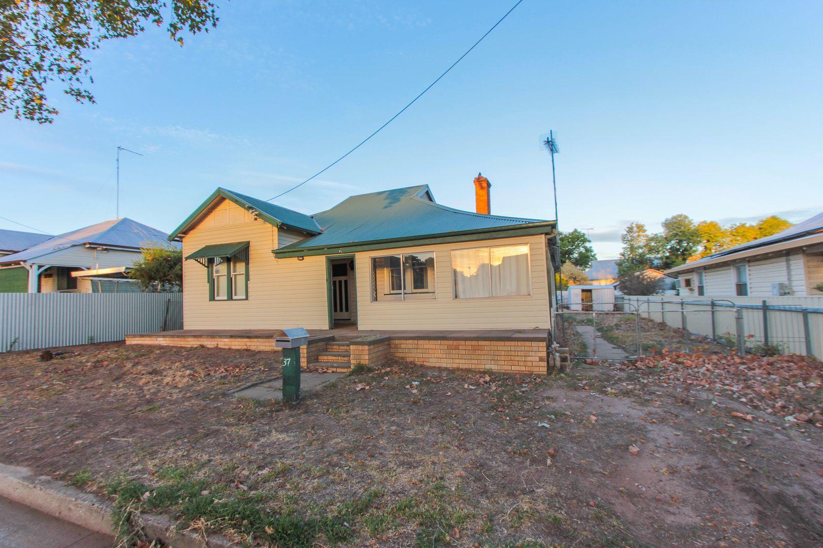 37 William Street, Narrandera NSW 2700, Image 0