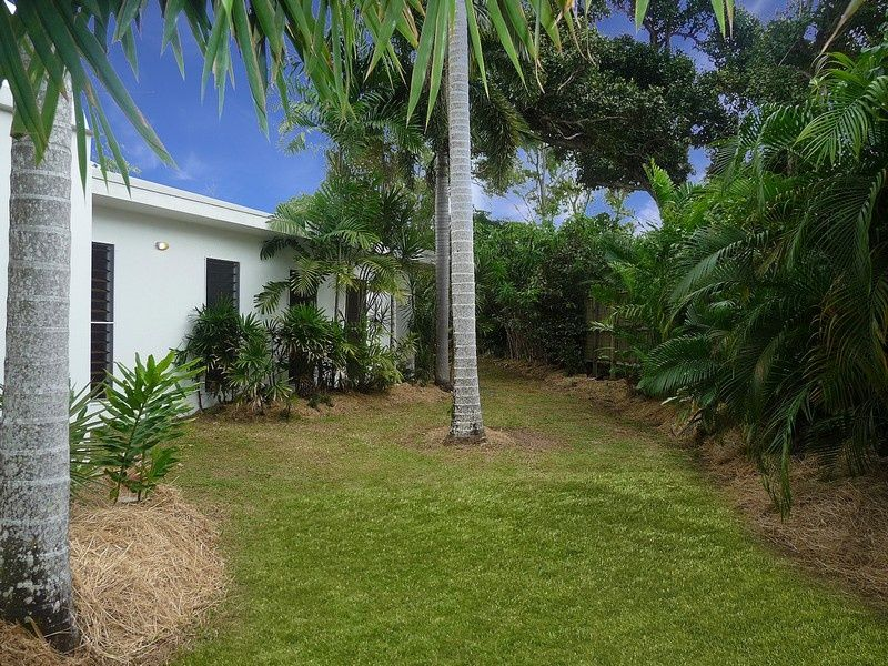 33 Pacific Parade, Mission Beach QLD 4852, Image 2