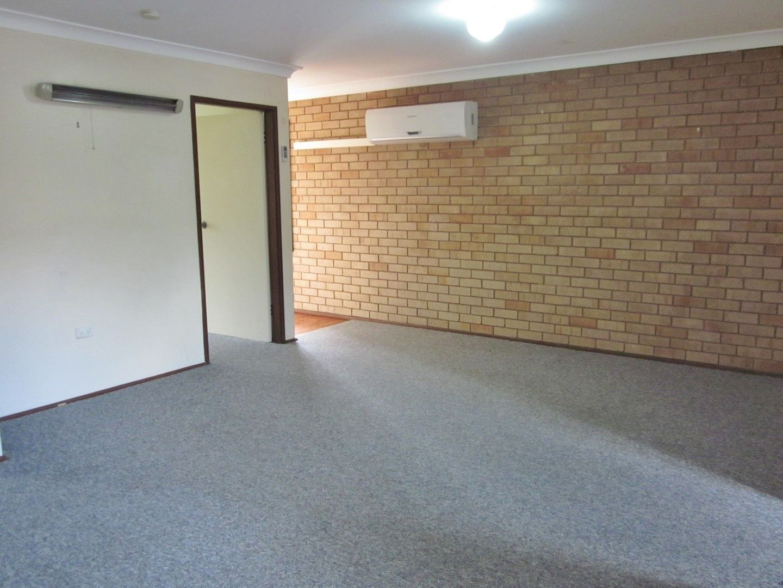 2/21 Fairbairn Crescent, Kooringal NSW 2650, Image 2